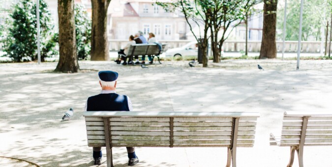 How to combat loneliness and isolation in seniors